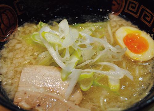 魚介豚骨 塩らー麺