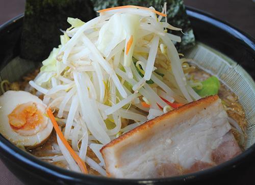 たっぷり野菜濃厚醤油らー麺