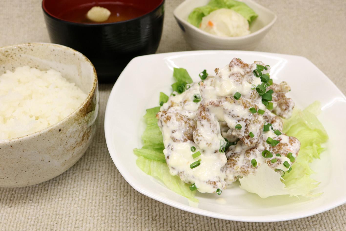 鶏マヨ定食
